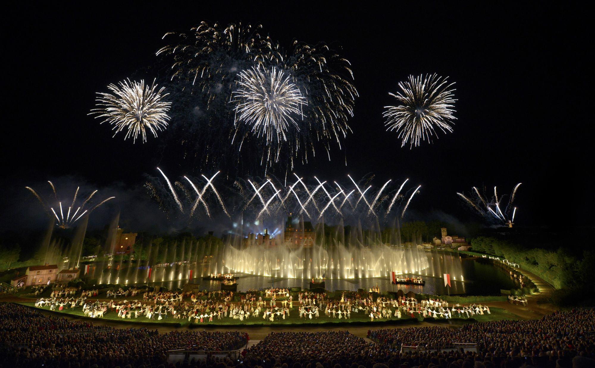 A display of fireworks at the Cinéscénie show.