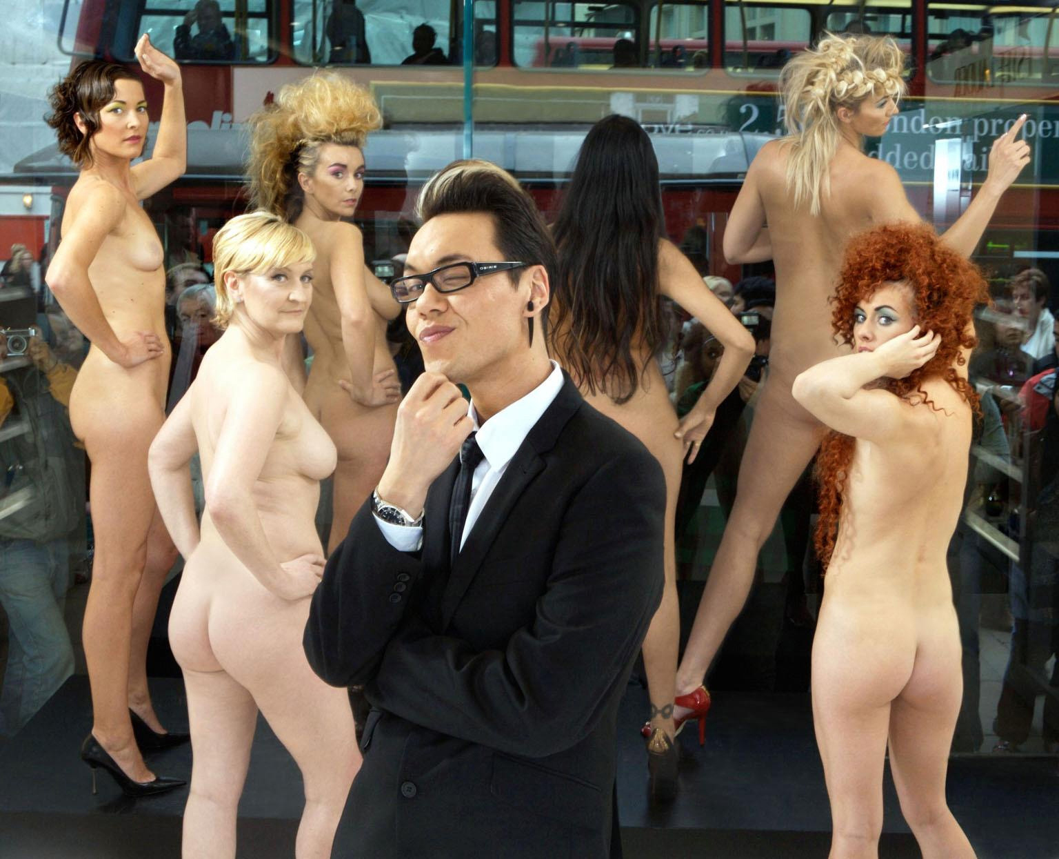 Gok Wan posing with models during the Channel Four series, How to Look Good Naked in 2007 (PA/Channel 4.)