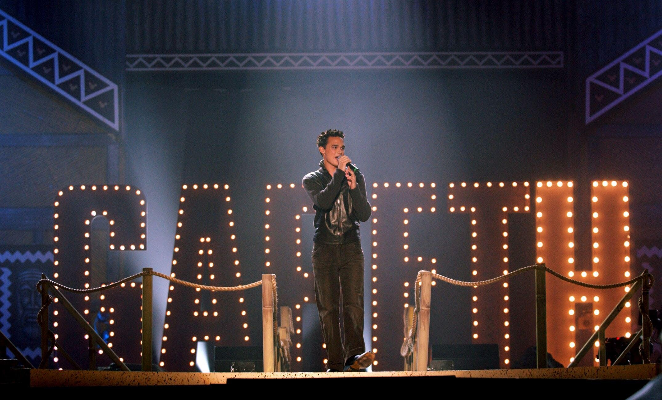 Gareth Gates performing in London in 2002. (Ian West/PA)