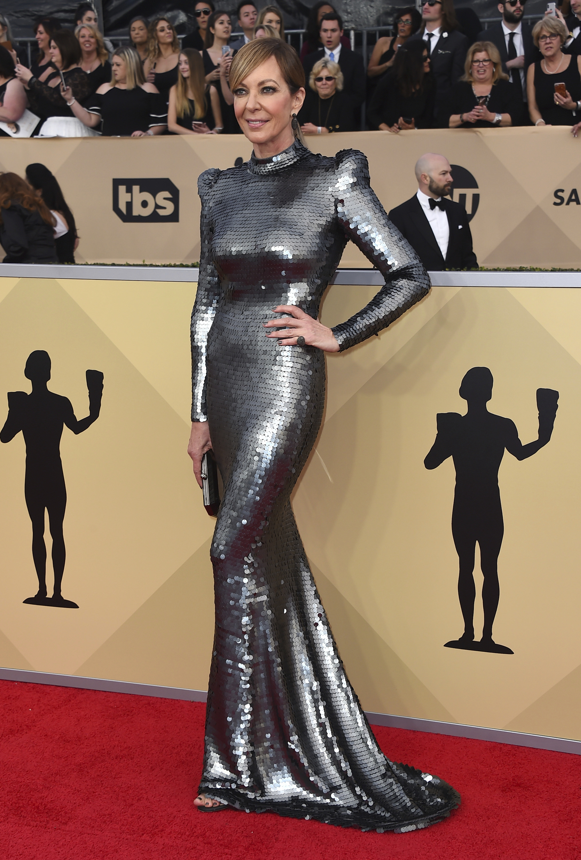 Allison Janney arrives at the 24th annual Screen Actors Guild Awards