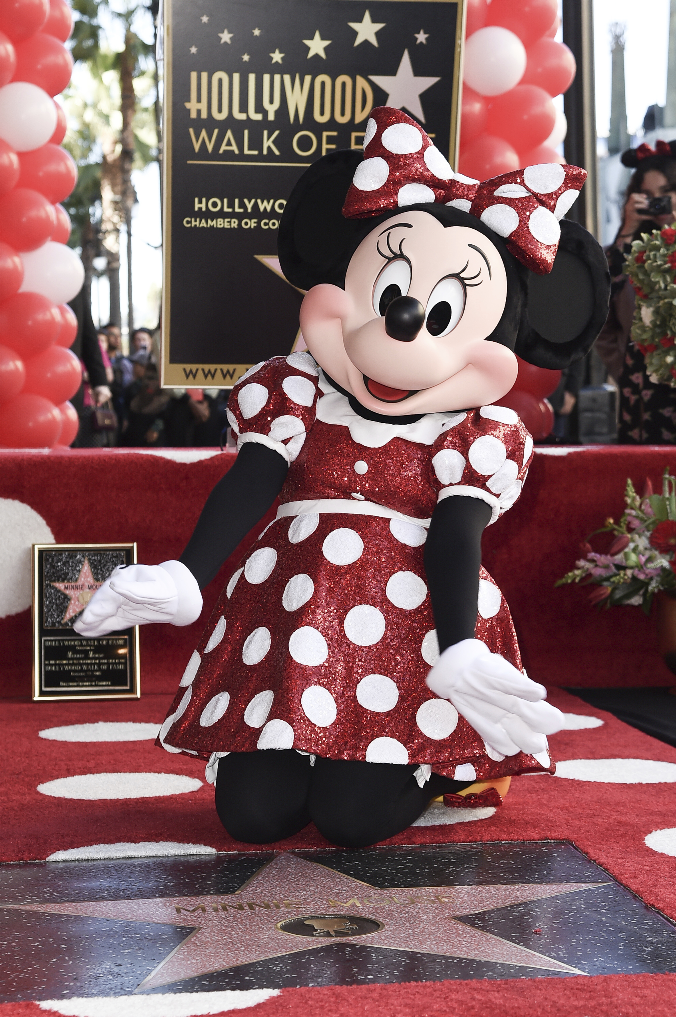 Minnie with her star (Richard Shotwell/AP)