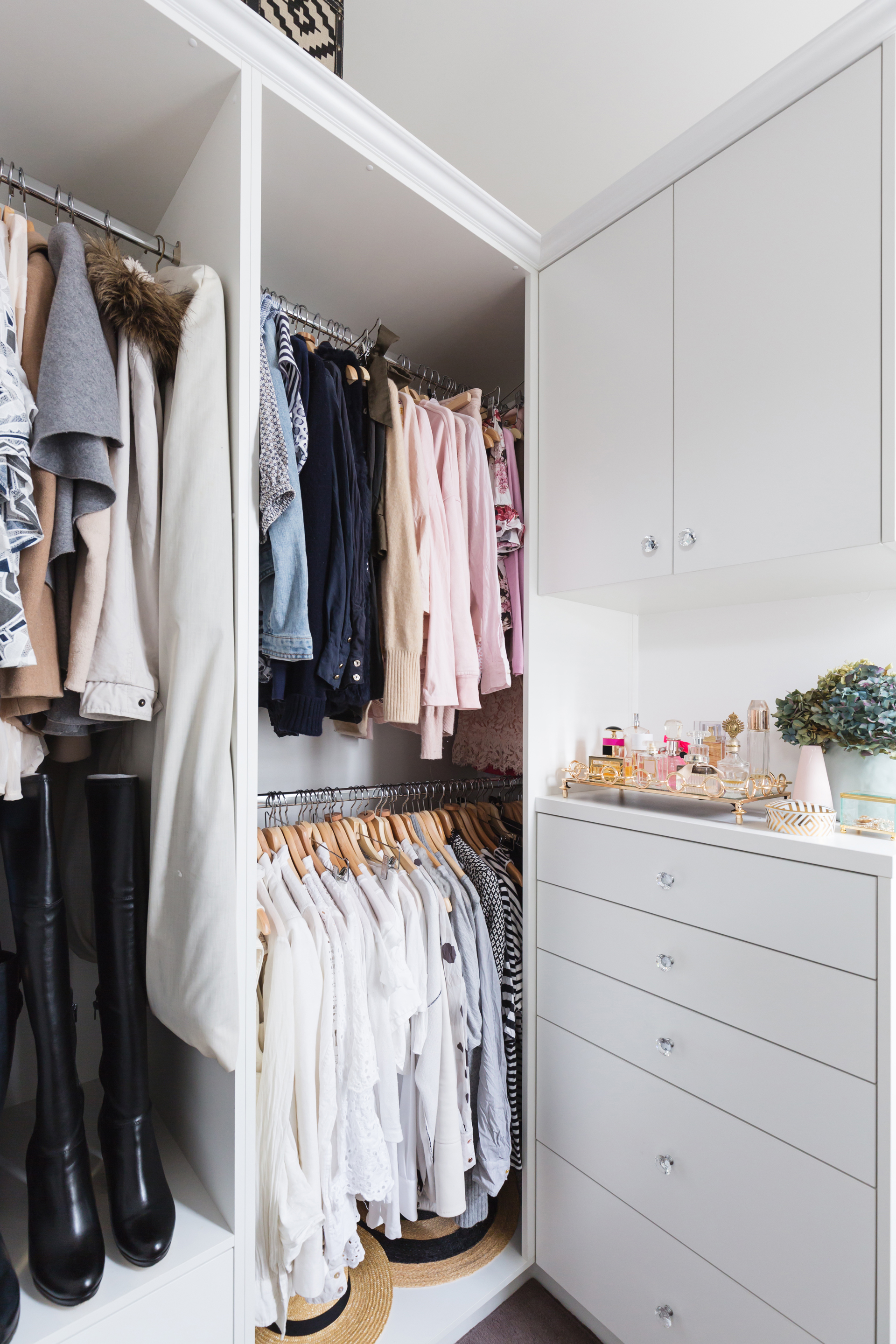 A well-organised wardrobe can save you time as well as money because you'll be able to see what items you really need at a glance before shopping (JodieJohnson/Thinkstock)