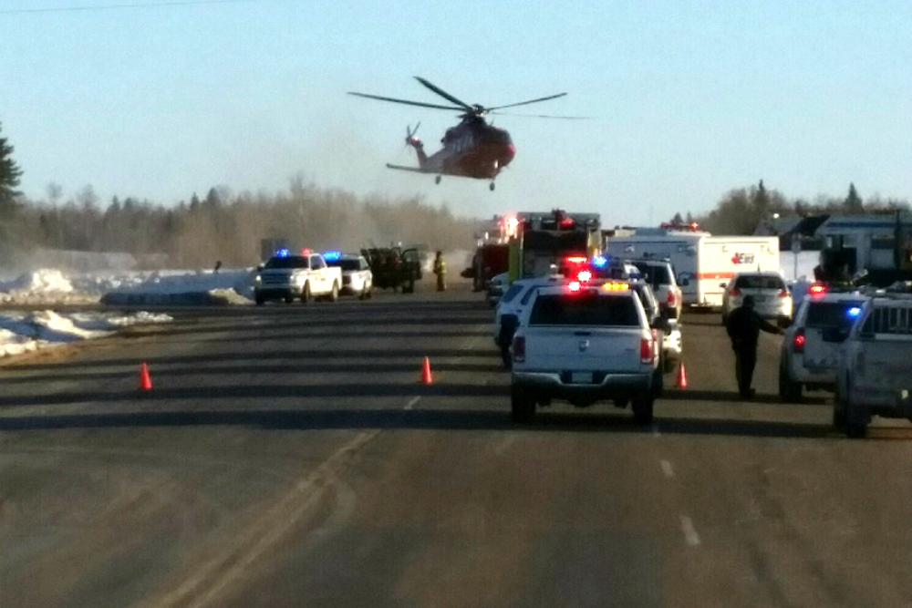 14 die in bus crash involving Canadian junior hockey team