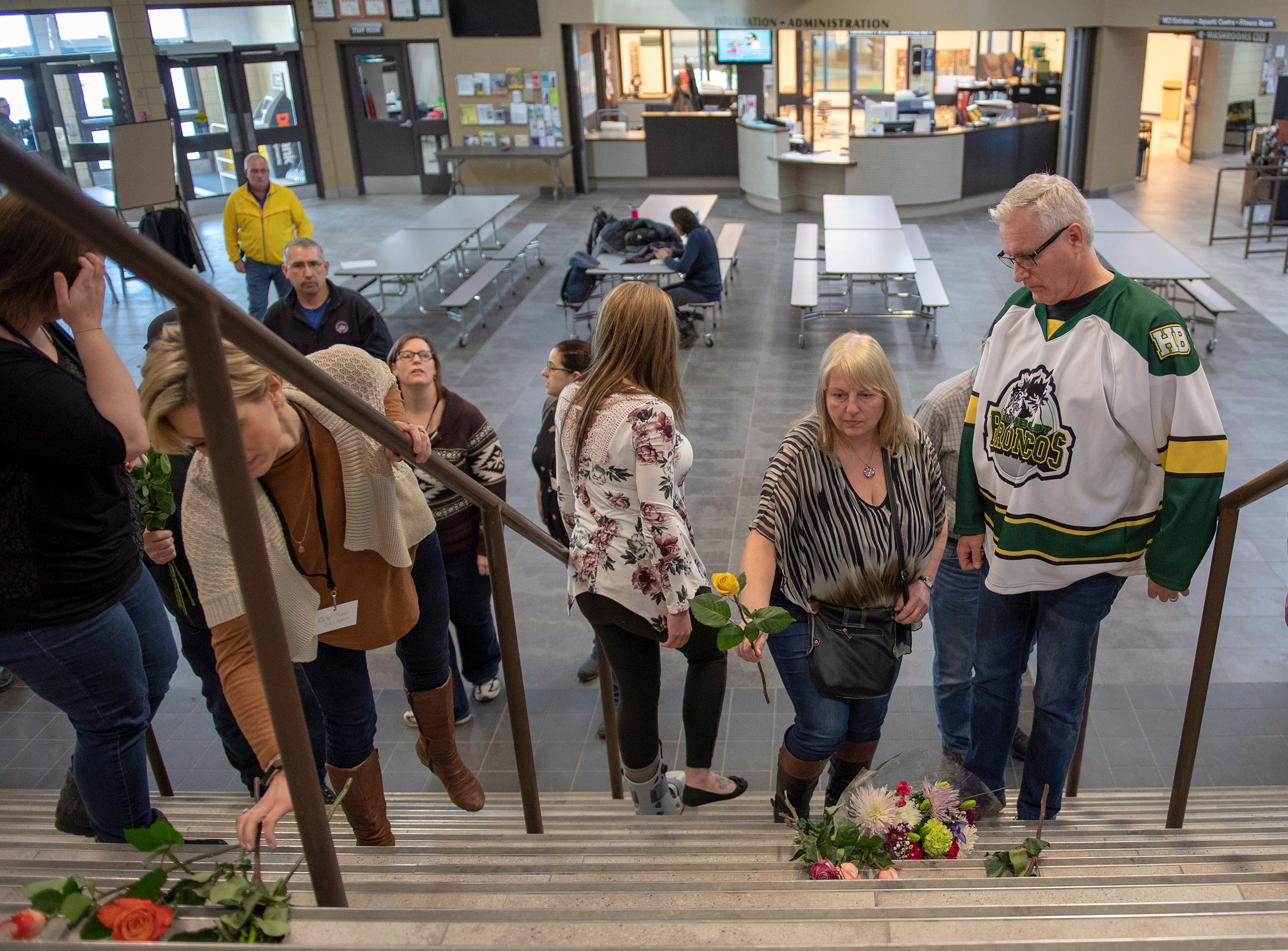 CP NewsAlert: Humboldt Broncos defenceman among 15 dead after bus crash