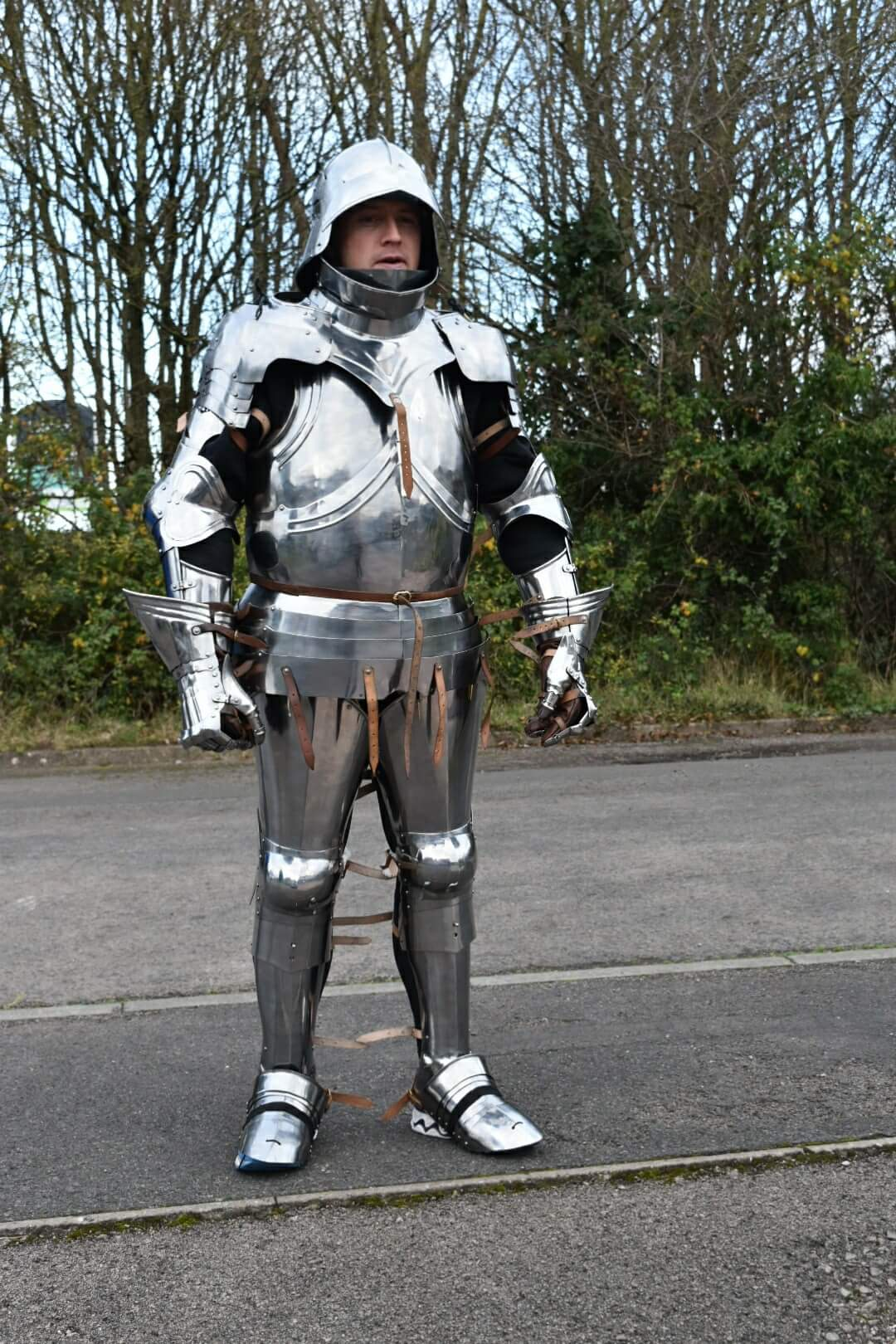 Army sergeant Paul Beddows, 33, will take on the Virgin Money London Marathon in a suit of armour. He is fundraising for Armed Forces charity SSAFA. (SSAFA/ PA)