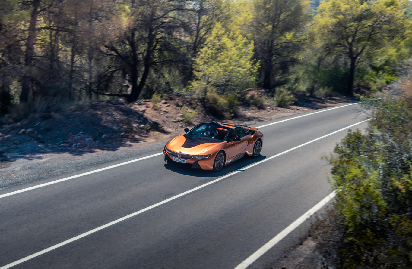 The i8 Roadster suffers only a slight weight penalty over the coupe
