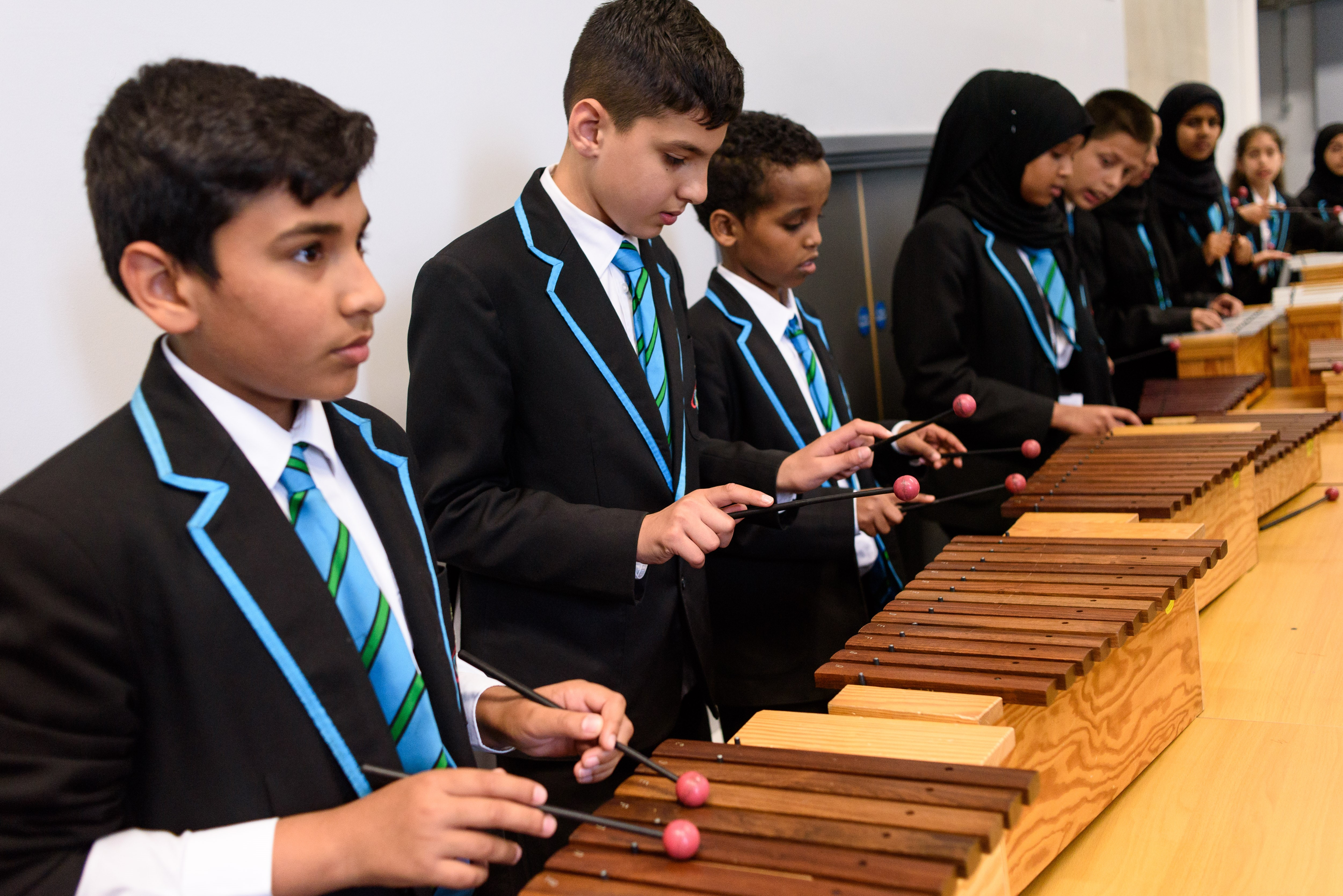 Children experiencing orchestral music