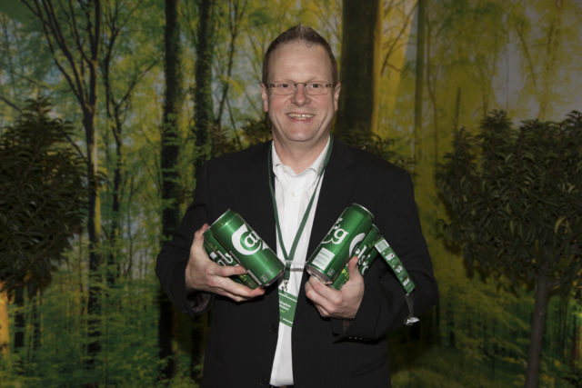 Carlsberg scraps plastic rings for recyclable glue