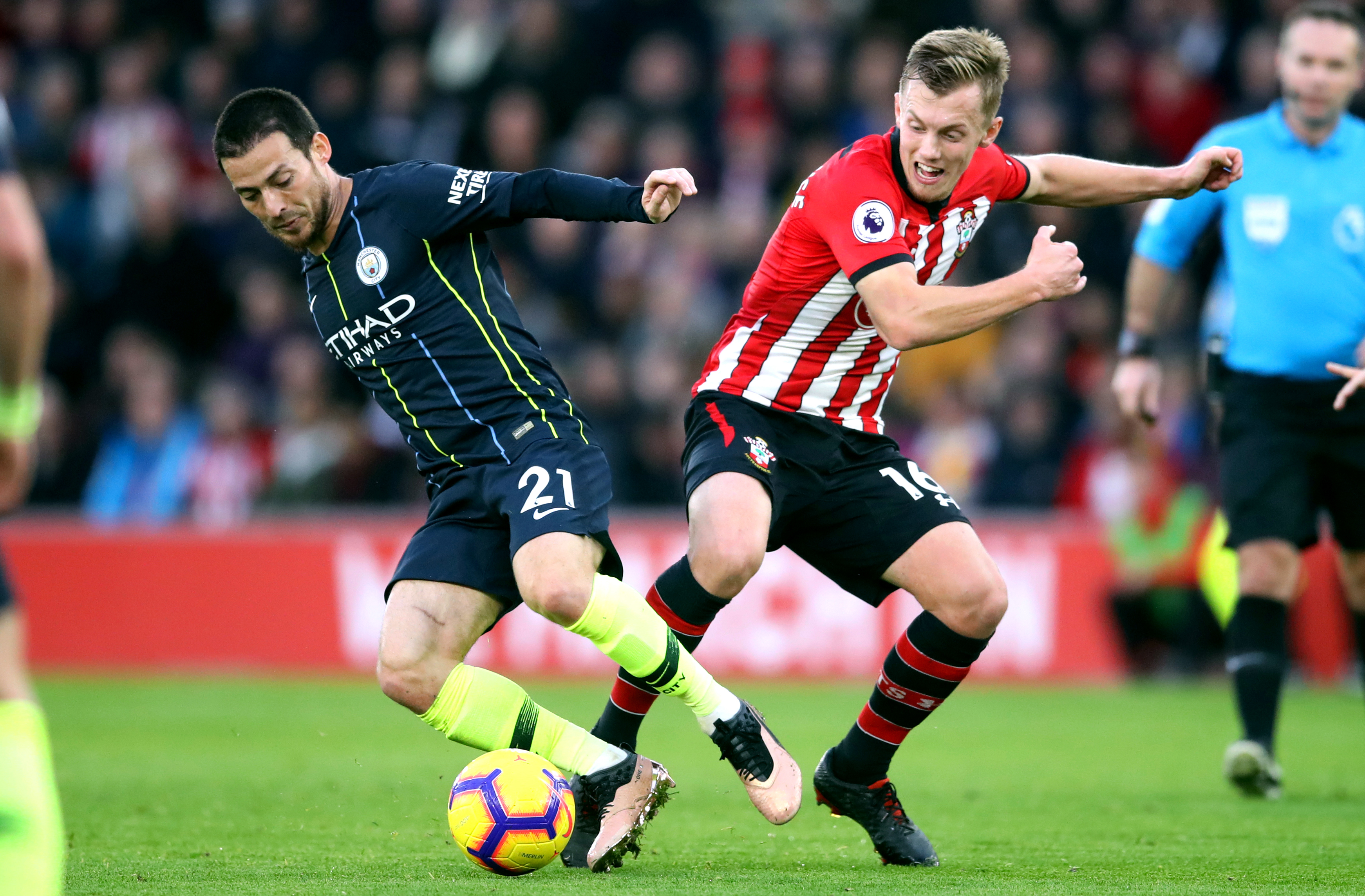 Manchester City's David Silva (left) and Southampton's James Ward-Prowse battle for the ball during the Premier League match at St Mary's Stadium, Southampton