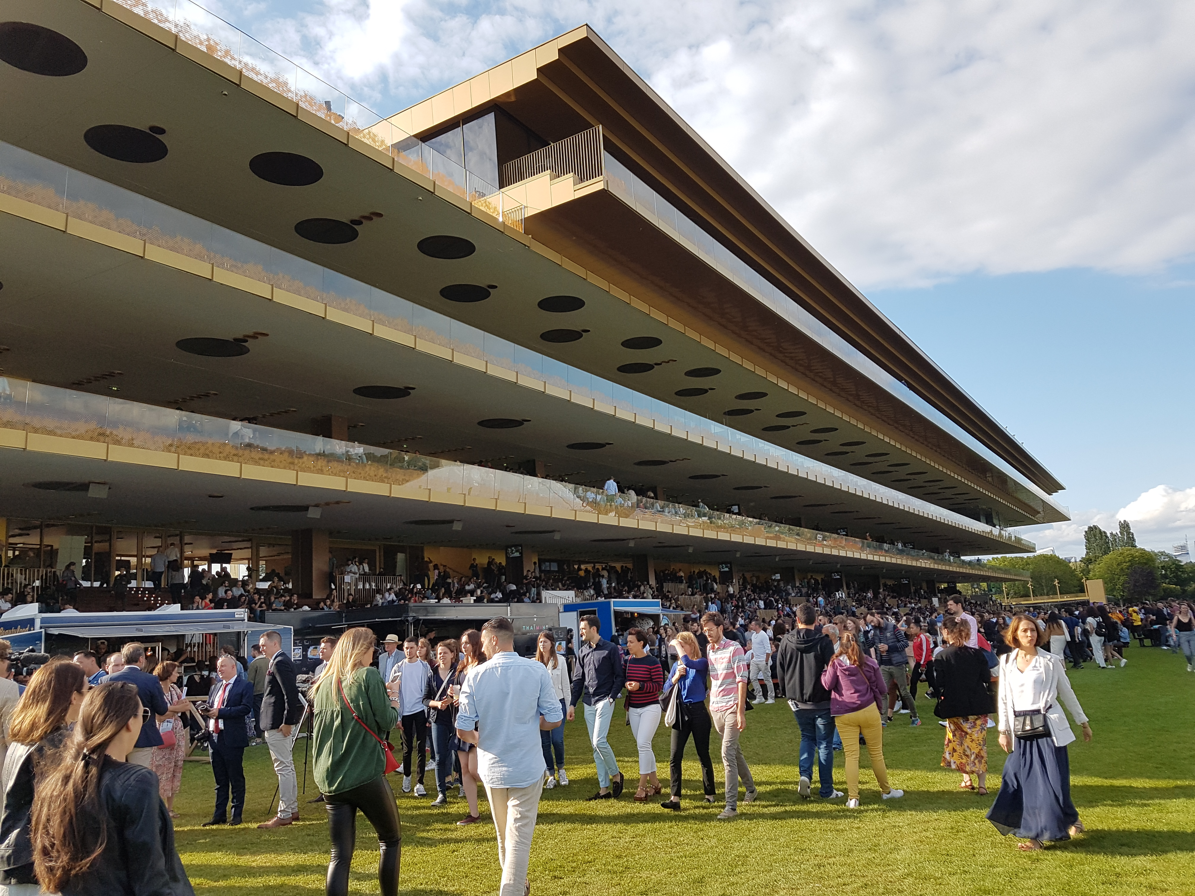 The main stand at ParisLongchamp is 160 metres long