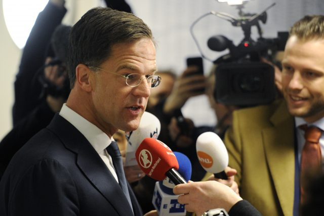 Rutte in pole position as Dutch consider coalitions