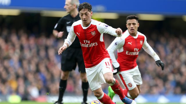 Arsenal shelve contract negotiations with Alexis Sanchez and Mesut Ozil