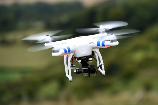3 airliners in near-misses with drones at Heathrow