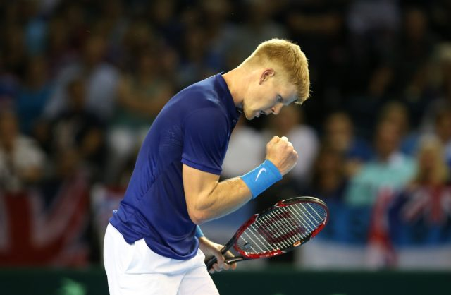 France advances to Davis Cup semis over GB