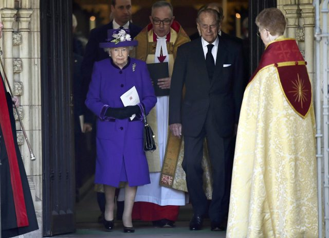 Royals attend remembrance service for Lord Snowdon