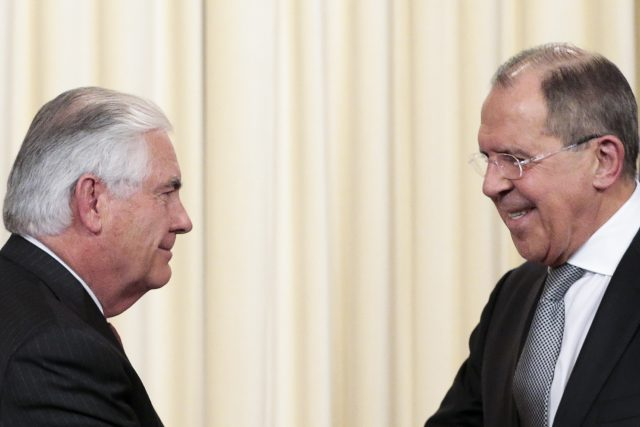 Secretary Tillerson Meets with Putin to Discuss Syria