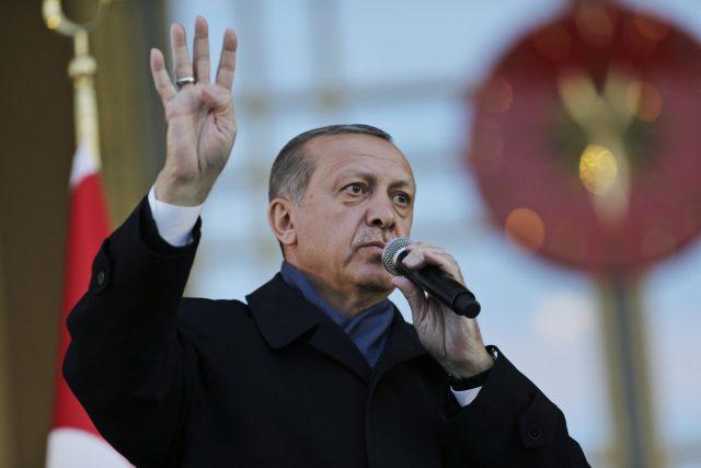 Opposition Disputes Turkey Vote as EU Urges Probe