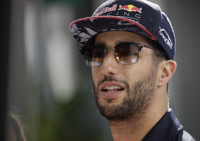 Lewis Hamilton fastest as Mercedes dominate in Spanish Grand Prix