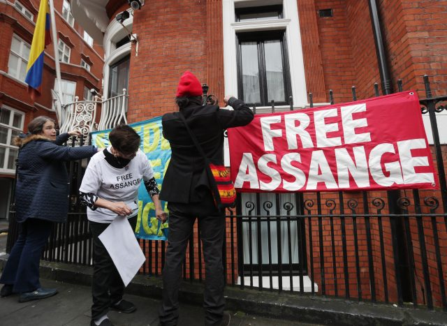 Edward Snowden, Others Call on Trump to Drop Assange, WikiLeaks Probe