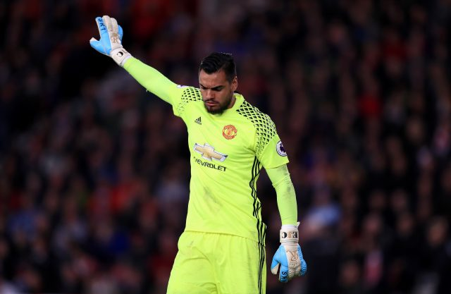 Sergio Romero saves penalty as Man United draw at Southampton