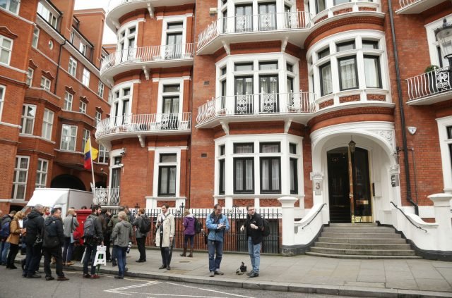 Ecuador calls on United Kingdom to grant WikiLeaks founder safe passage