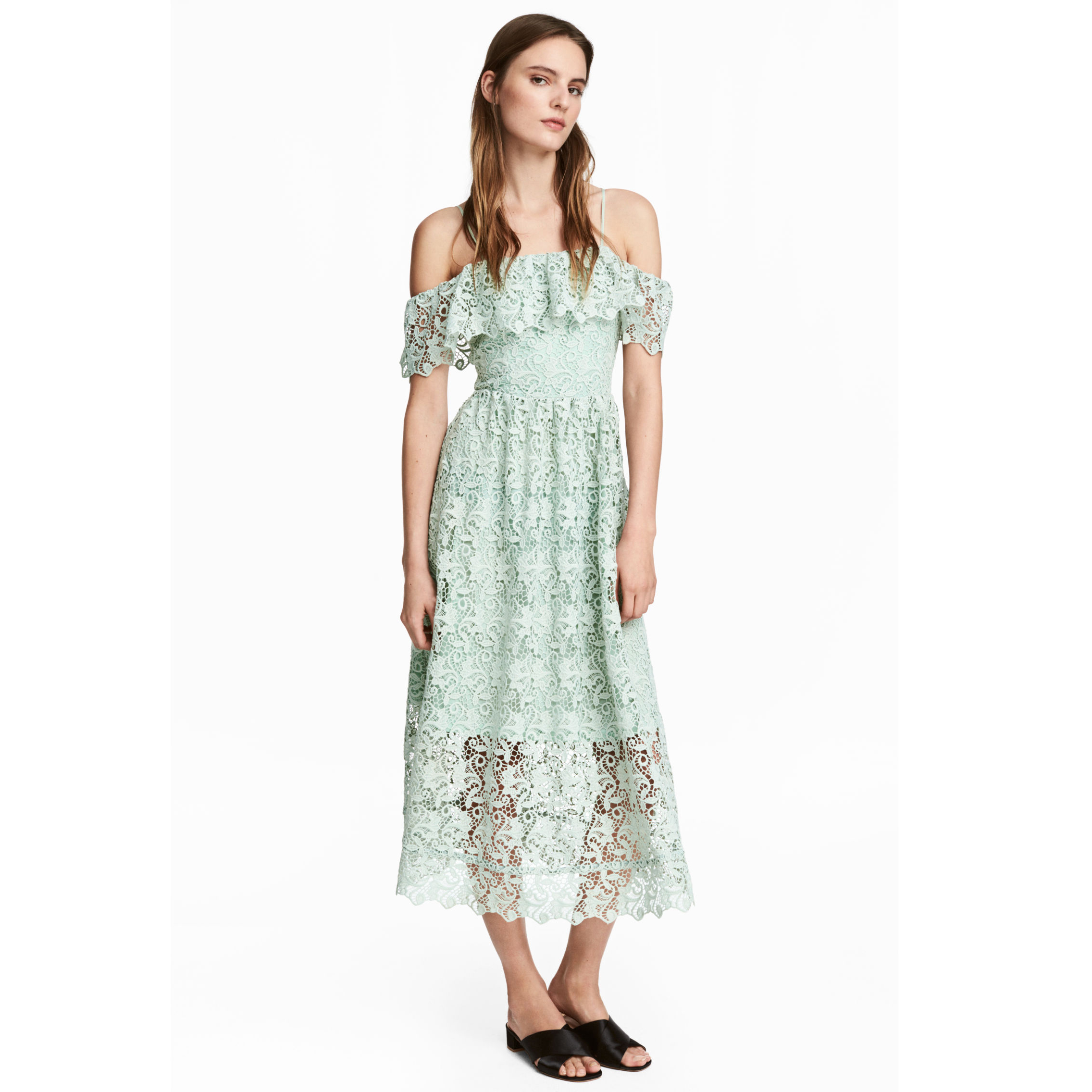 model wearing h&m off the shoulder lace dress
