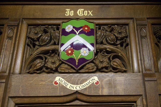 Jo Cox's children to unveil memorial plaque in parliament