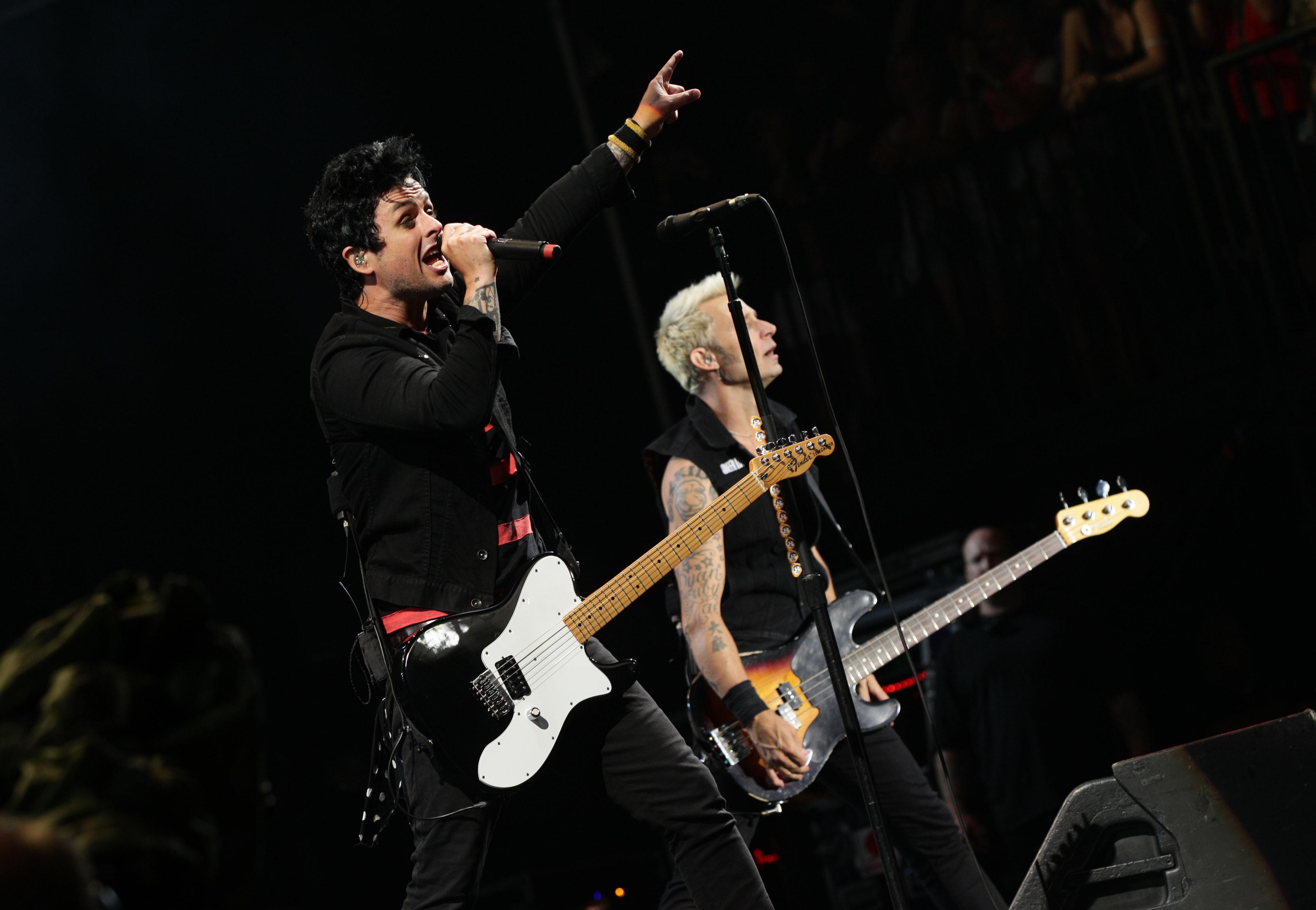 Billie Joe Armstrong Dookie Guitar Green Day star: Rock a...