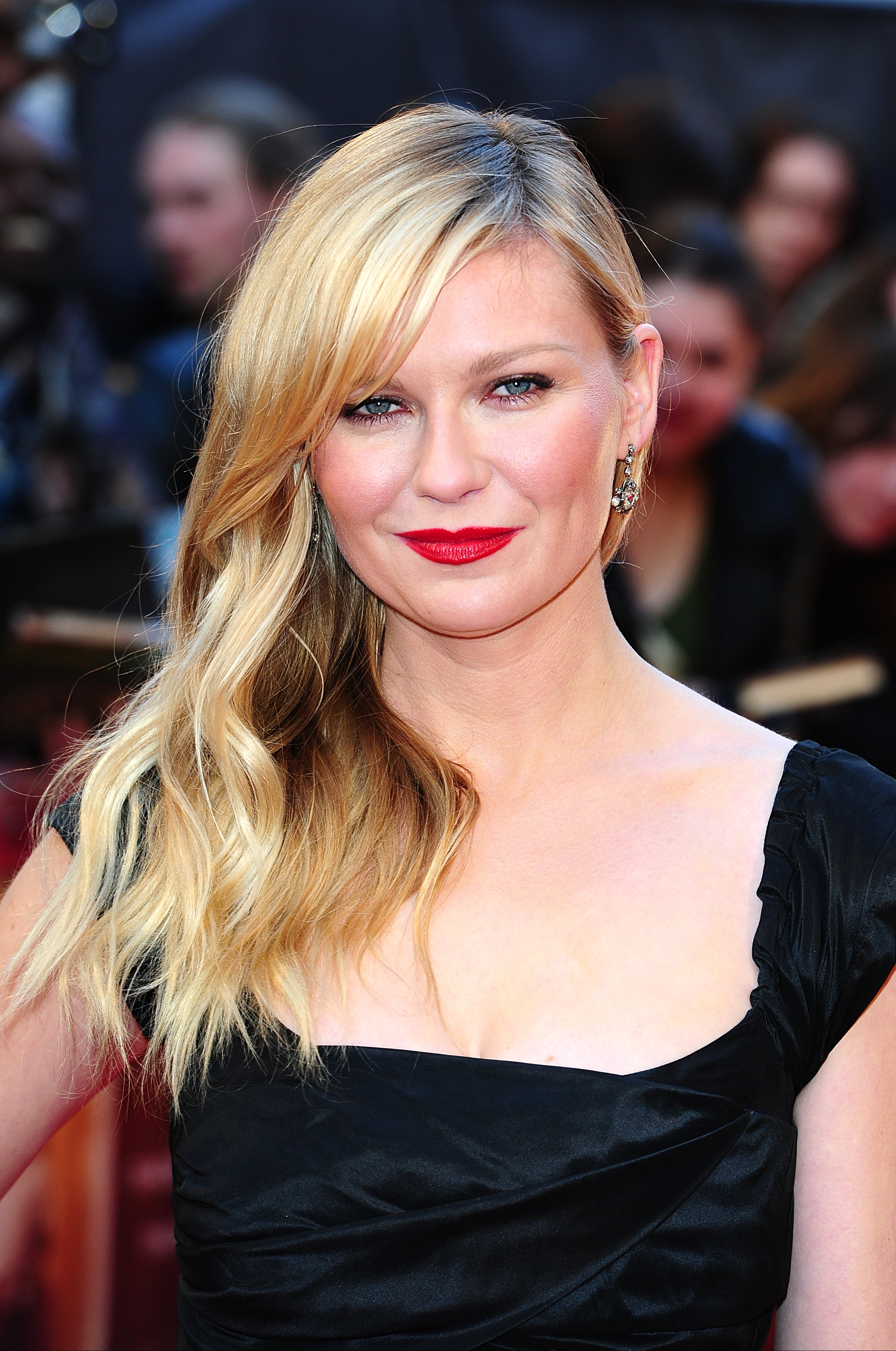 Kirsten Dunst on the red carpet