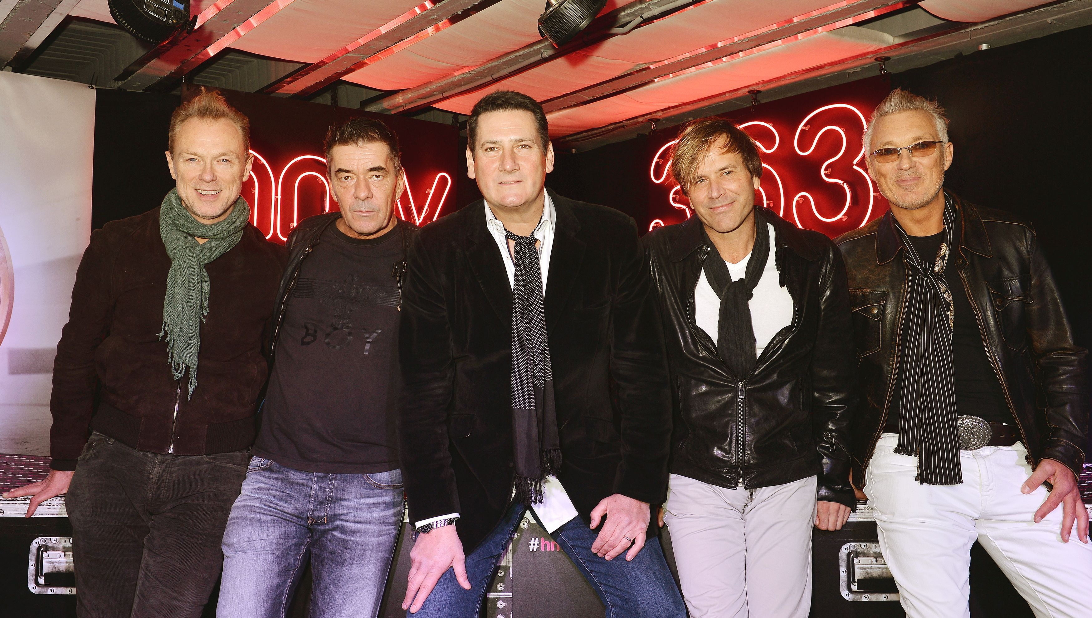 tony hadley has parted ways with spandau ballet shropshire star. Black Bedroom Furniture Sets. Home Design Ideas