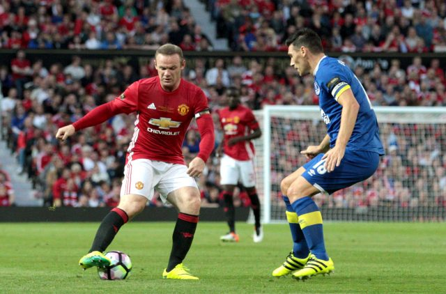 Everton confident of re-signing Manchester United striker Wayne Rooney