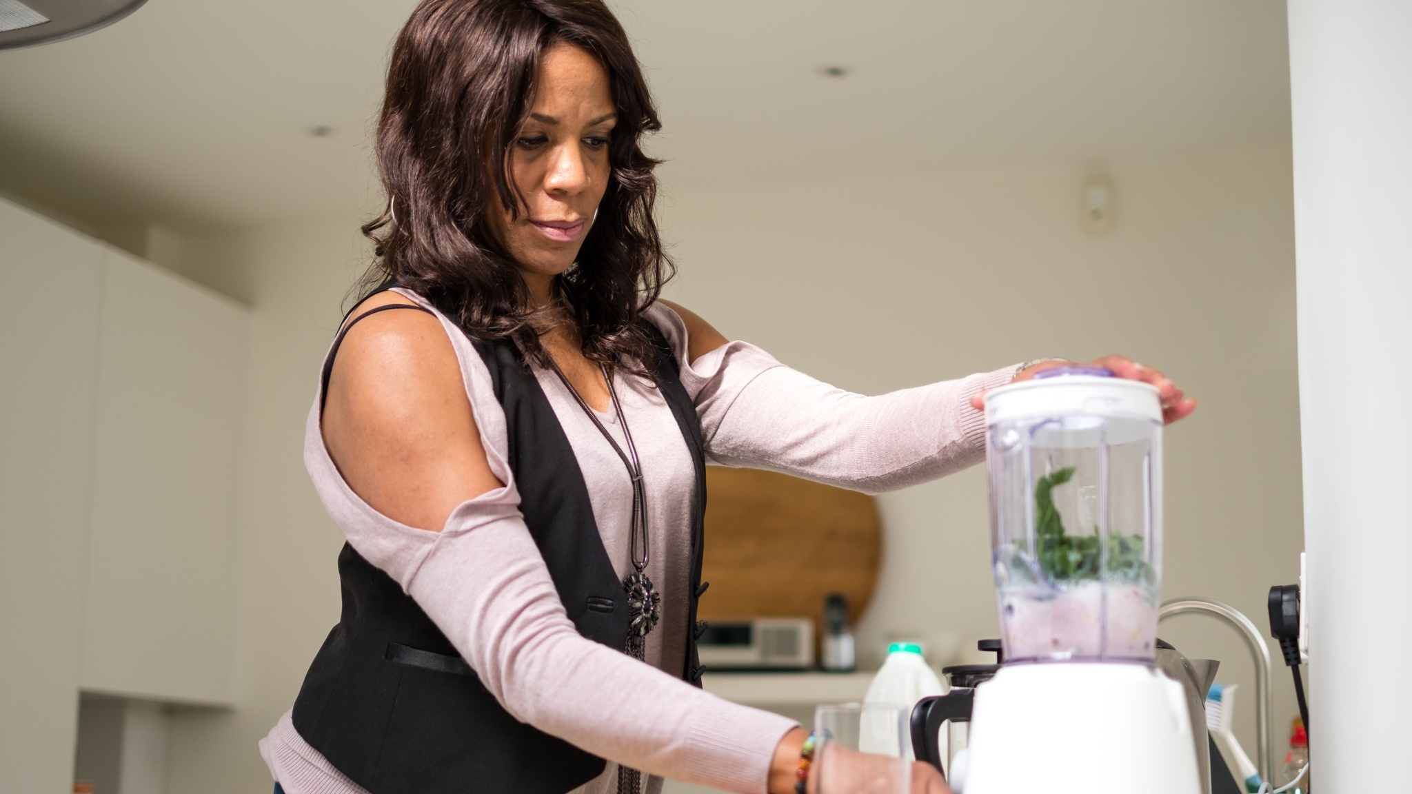 Osteoarthritis sufferer Ruby James preparing healthy meals at home as part of Voltarol campaign (Voltarol/PA)