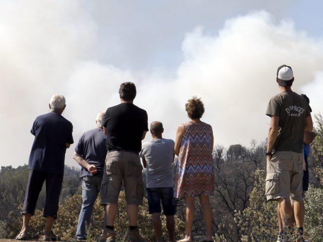Fires near La Londe-les-Maures