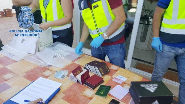 101 arrested in people smuggling ring in Spain