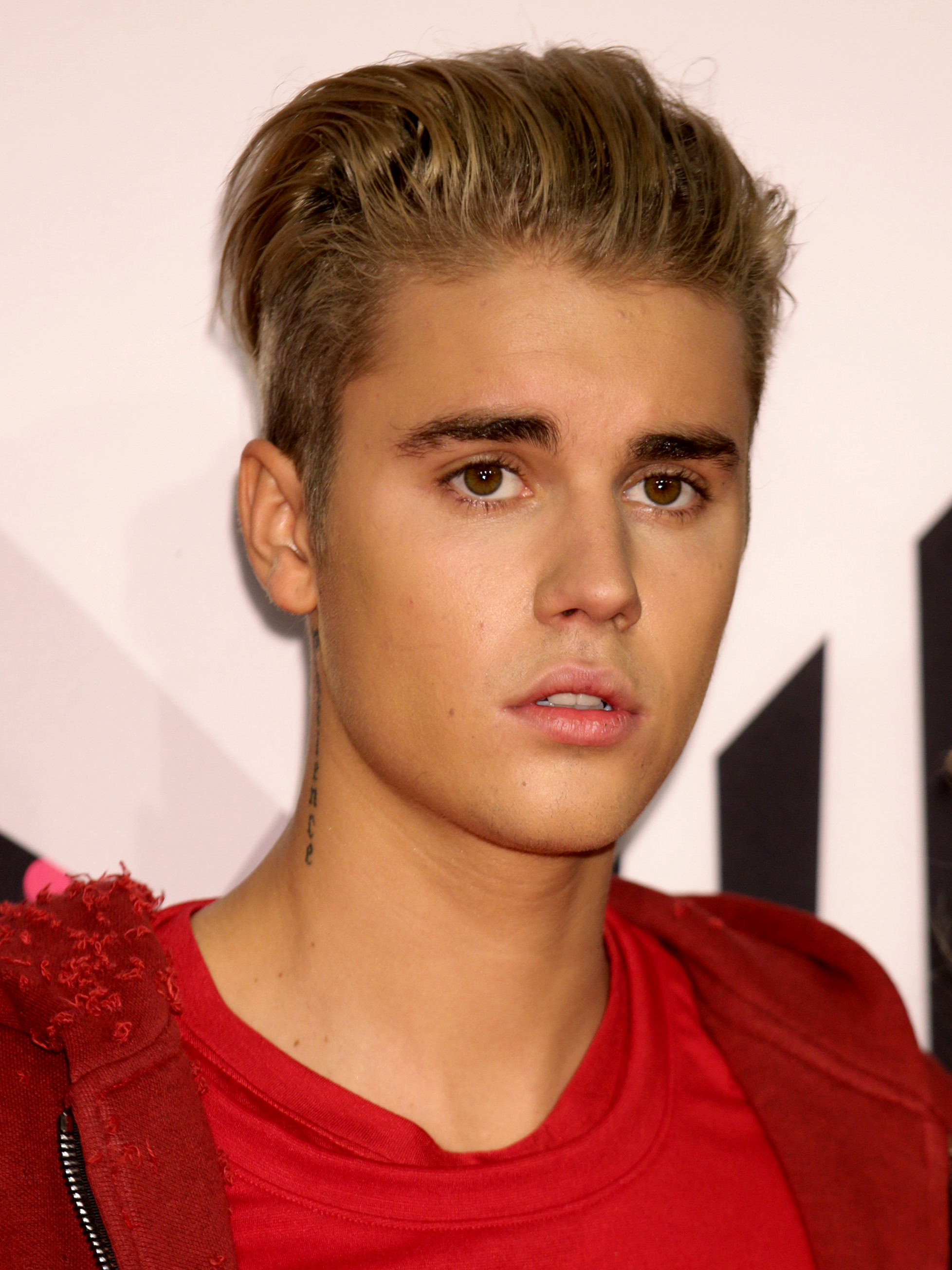 Justin Bieber will not face charges for hitting ...