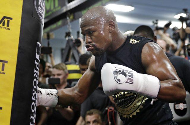 Floyd Mayweather (John Locher/AP)