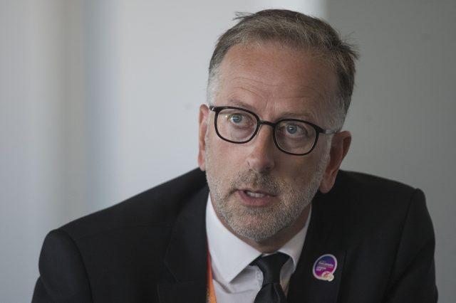 Warner believes London Stadium would enhance any bid by Birmingham or Liverpool