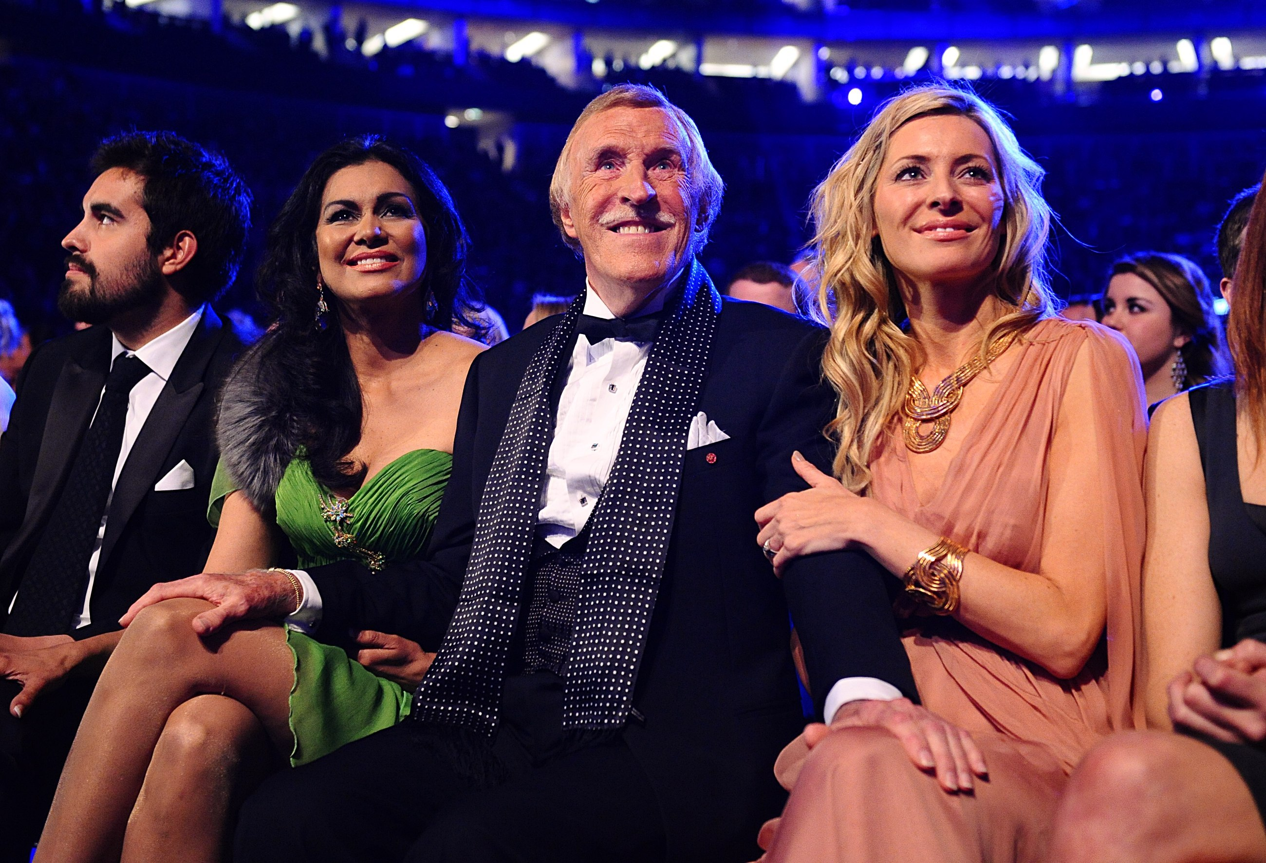 With wife Wilnelia and Tess Daly as he wins a Special Recognition award, at the 2011 National Television Awards (PA)