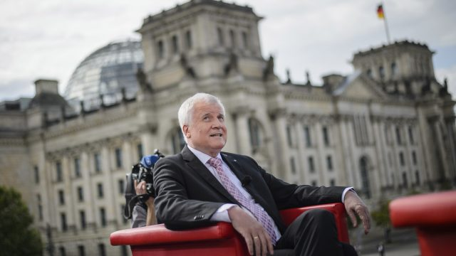 Horst Seehofer appears to have backed away from his previous wish to cap the number of refugees allowed in Germany each year