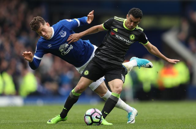 Chelsea take on Everton