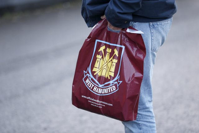 Security Expert Calls For Ban On Bags At Football Grounds