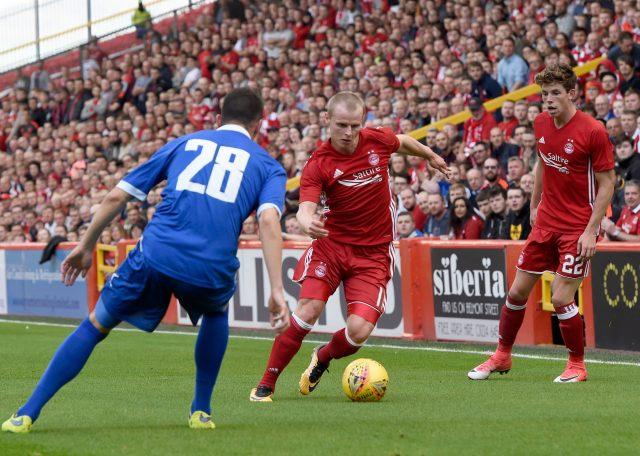 Gary Mackay-Steven in action for Aberdeen