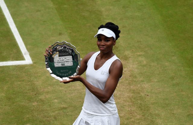 Venus Williams with the runners-up trophy at Wimbledon