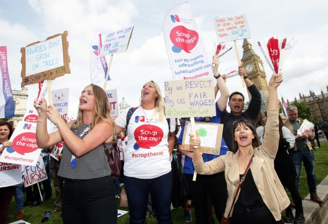 Nurses to protest over 1% cap on public sector pay