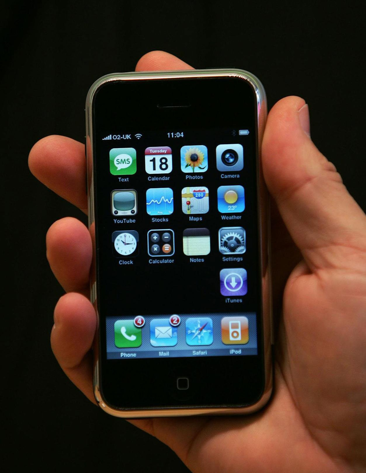 2007 The First IPhone