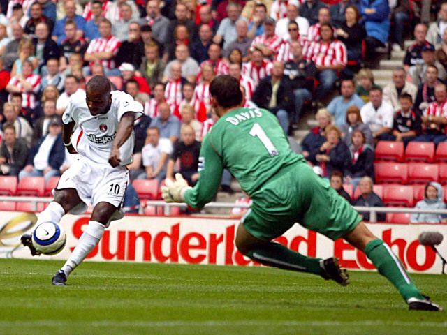 Charlton Athletic's Darren Bent scores the opening goal of the game past Sunderland's Kelvin Davis
