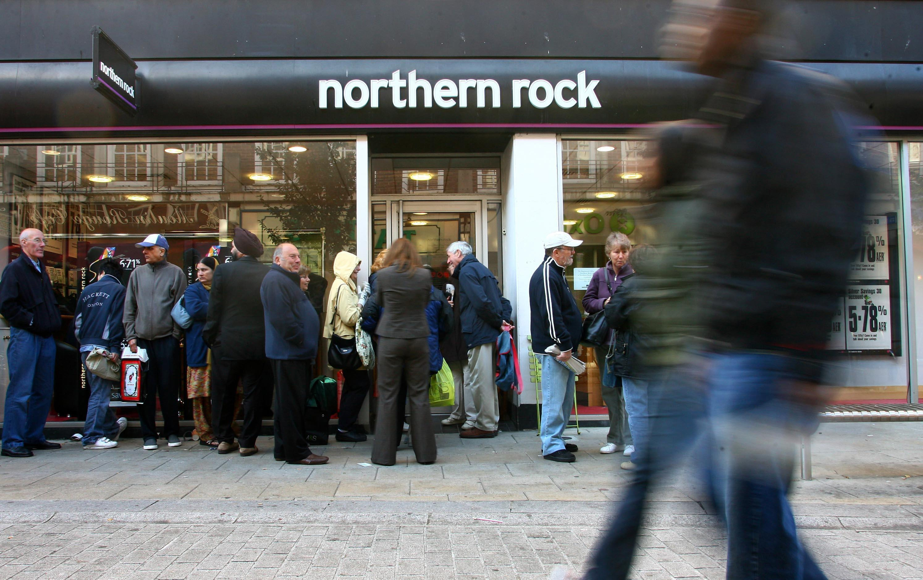 Photo of queues outside a Northern Rock branch