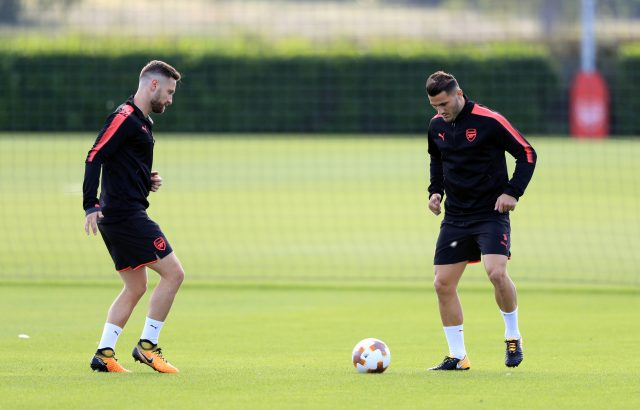 Shkodran Mustafi (left) and Sead Kolasinac (right) in training on Wednesday