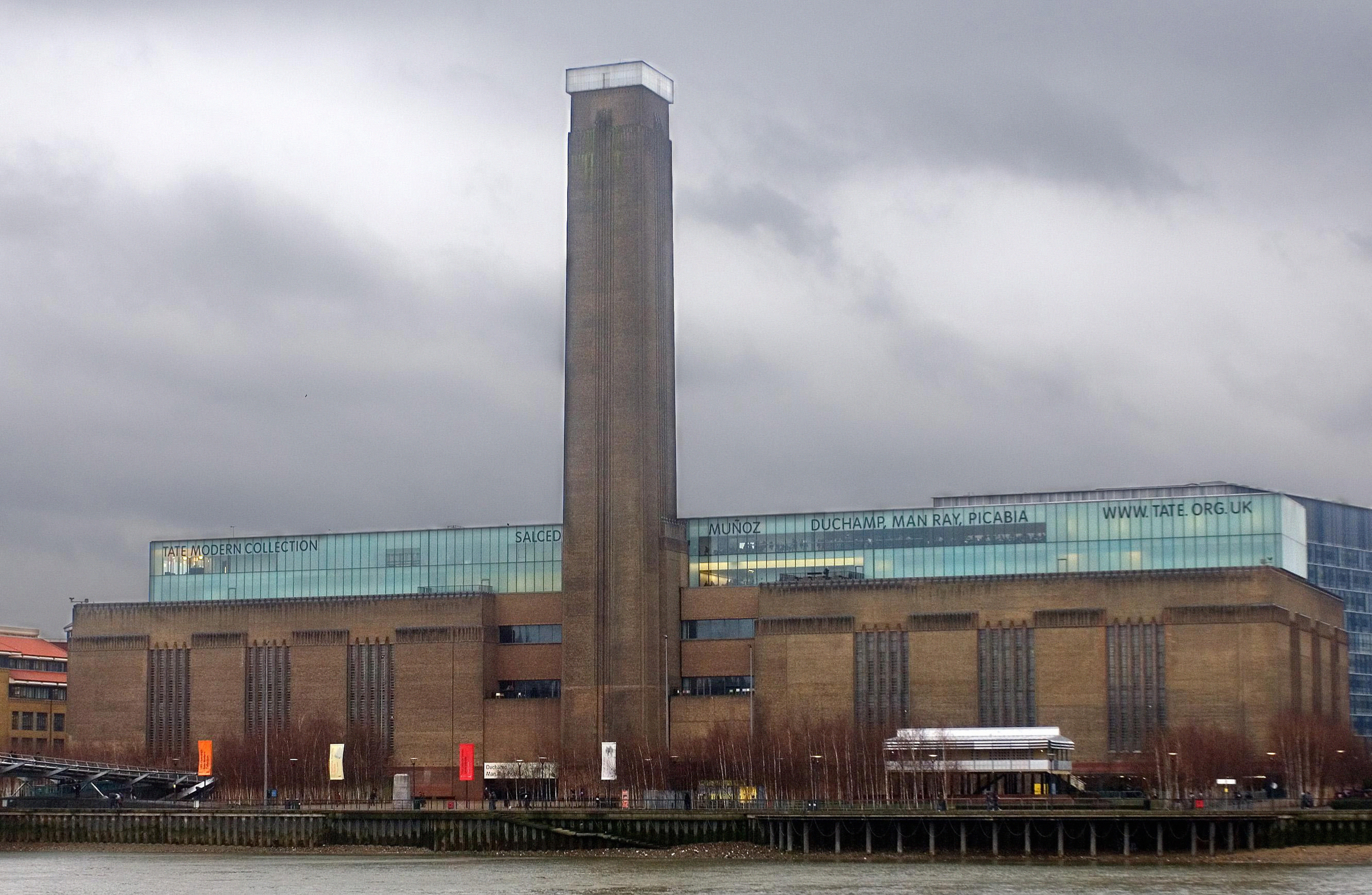 tate modern to open its doors for 24 hour screenings of