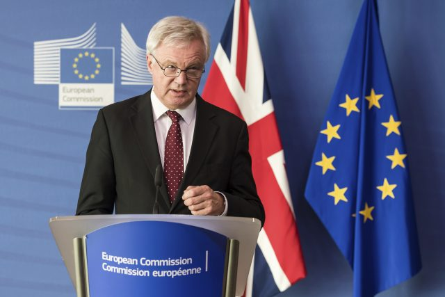 EU Negotiator Barnier Says UK PM May Expresses